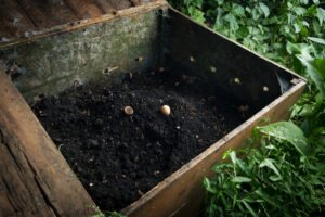 make your own compost pile